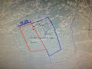 Линия красного цвета - участок продается сейчас. Толстая линия синего цвета - последующая продажа участка с домом